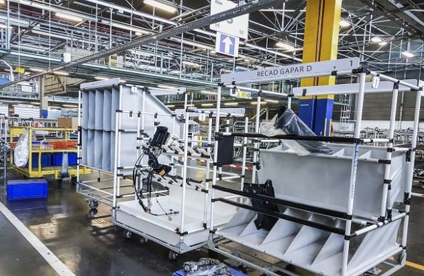 Indeva Lean System to increase ergonomics and safety within the company's production cycles.